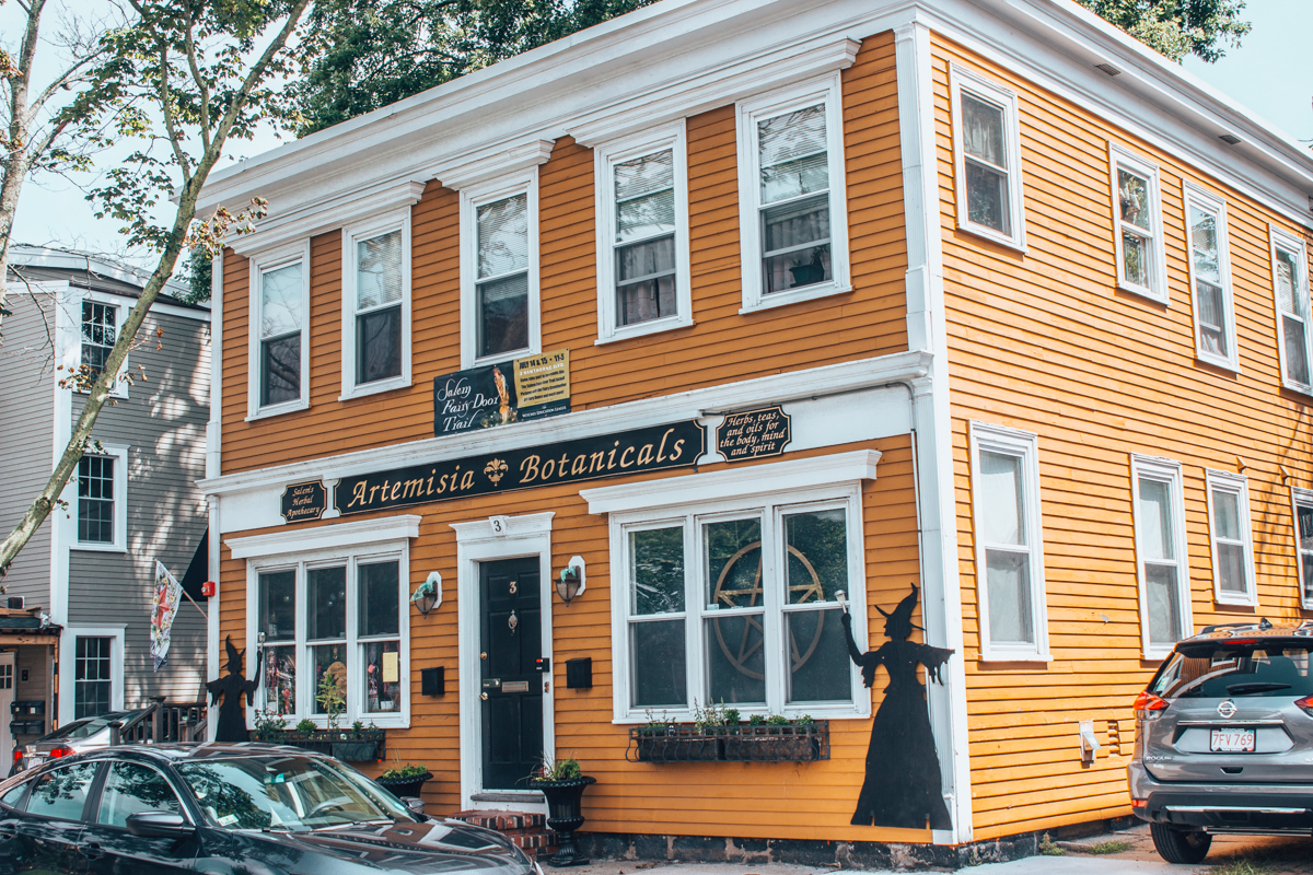 things to do in salem ma in october